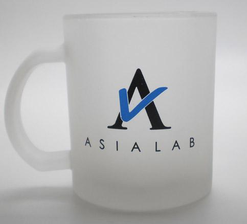 Pad printing on mug